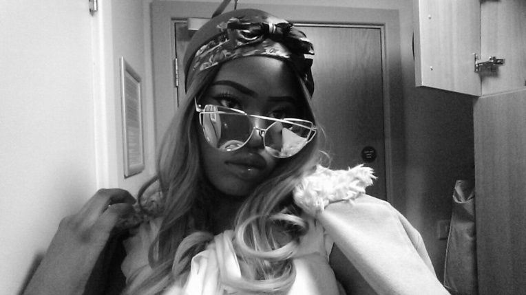 Snapchat filter wig 1