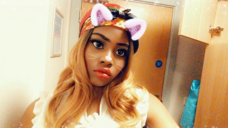 Snapchat filter wig 1 photo 2